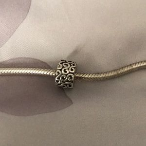Jewelry - Pandora clip